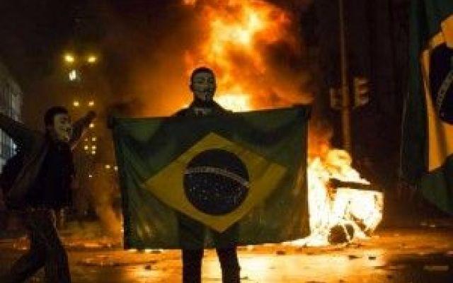 MONDIALI IN BRASILE: CIRCENSES, NON BANALE PANEM